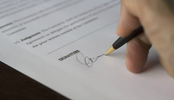 Contract signature